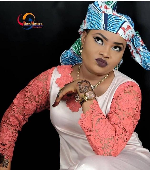 Hausa Novel: Budurwar Kauye By Faty Mmn Faty – The Number
